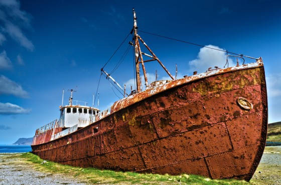 rusty-hull-ship
